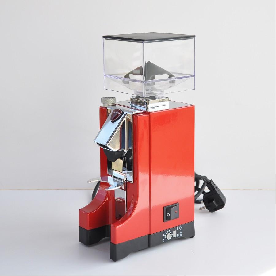 Кафемелачка Еурека - Миньон - Червен от Martines Caffe